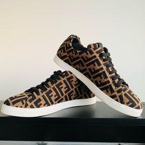 Men's Fendi Brown tech low top sneakers- US 9